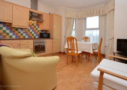 8 Aileach Buncrana - kitchen and living