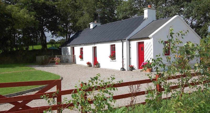 Alder Traditional Cottage - main image