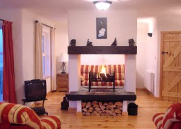 Crohy Cottage Falmore Dungloe - open fireplace