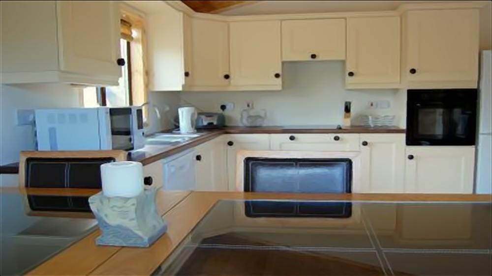 Beach House Bunbeg - kitchen