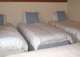 An Turas Portnoo - 1 double + 3 singles - first floor