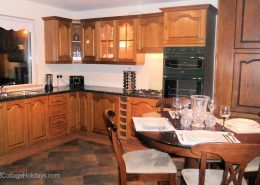 Ard Cottage Clonmany Inishowen - kitchen