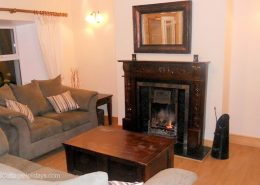Ard Cottage Clonmany Inishowen - living room