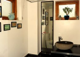 Hygge House Buncrana Inishowen - bathroom