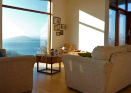 Hygge House Buncrana Inishowen - upper floor living