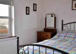 Rock Cottage Carrick Donegal - double bedroom
