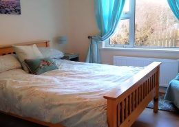 Ballydevitt Retreat - double bedroom