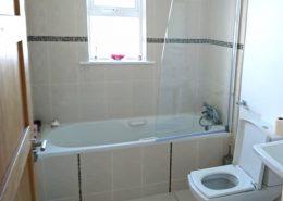 3 Rinn na Mhara Dunfanaghy - bathroom