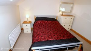Bedroom - Woodlawn Holiday Home Stranorlar Donegal