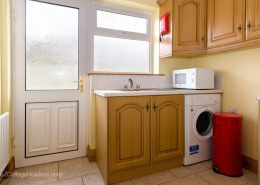 Burwood Holiday Home Buncrana - utility room