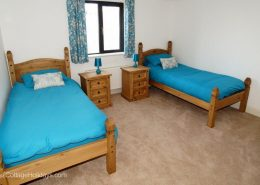 Knockalla Lodge Portsalon - twin bedroom