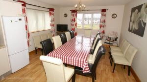 Woodlawn Holiday Home Stranorlar Donegal - dining area