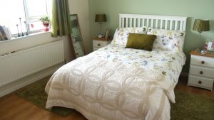 Atlantic Curve Malin Head - main double bedroom