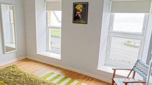 Harbour Bar Apartment Greencastle - bright interior