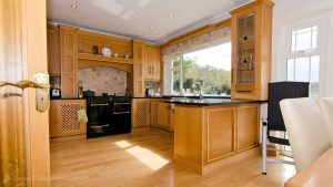 Porthaw Bay House - kitchen