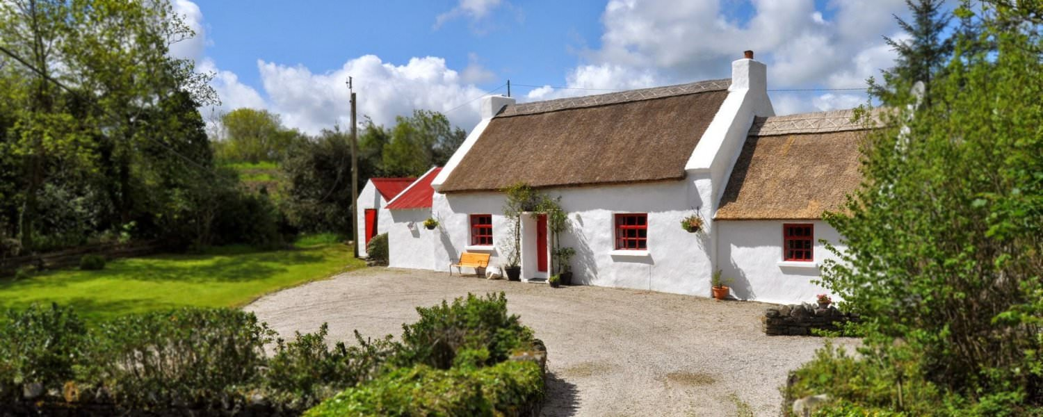 Ray Thatched Cottage Donegal