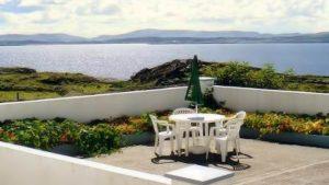 Seaside Cottage Dungloe - patio area