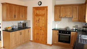 No.42 Oak Grove Dunfanaghy - kitchen