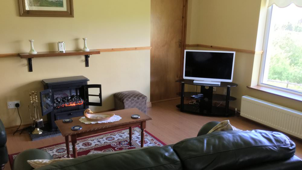 Seireannes killybegs donegal holiday accommodation - Best size flat screen tv for living room ...