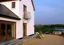 Rottytoy Beach House Bunbeg - relax and enjoy the views