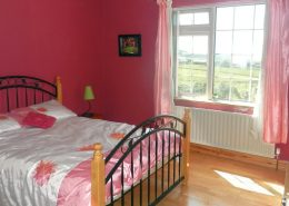Teach Micheál at Malin Head - double bedroom