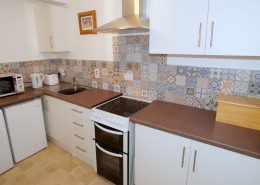 Drumburn Holiday Apartment Milford - kitchen