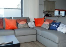 Cliff Lodge Rossnowlagh - living area with panoramic sea views