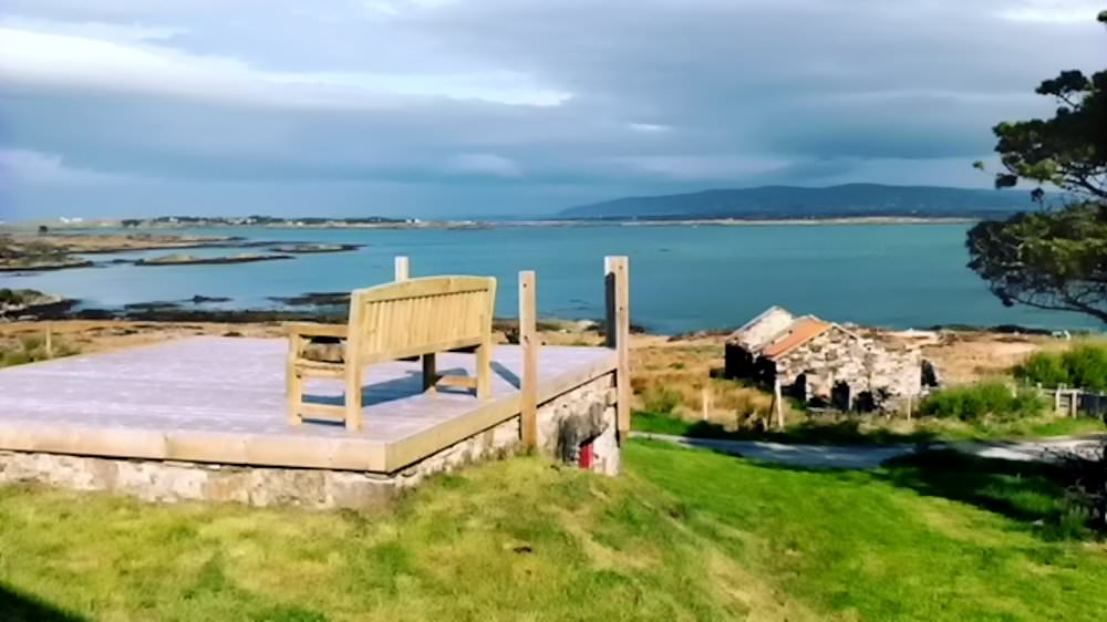 The Sea House Dungloe - deck area with sea views